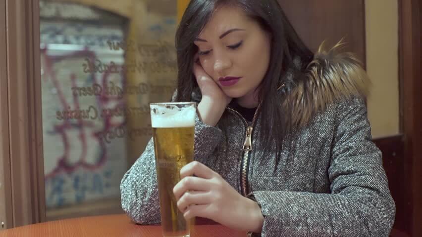 beer_woman