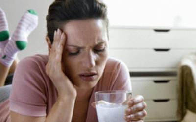 Почему с похмелья болит голова
