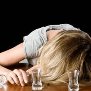 Признаки алкоголизма у женщин на лице видео